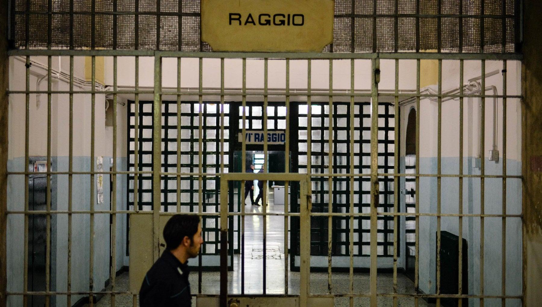Coronavirus nelle carceri a Milano allarme per il numero di contagi tra detenuti. In Lombardia un terzo dei positivi di tutta Italia