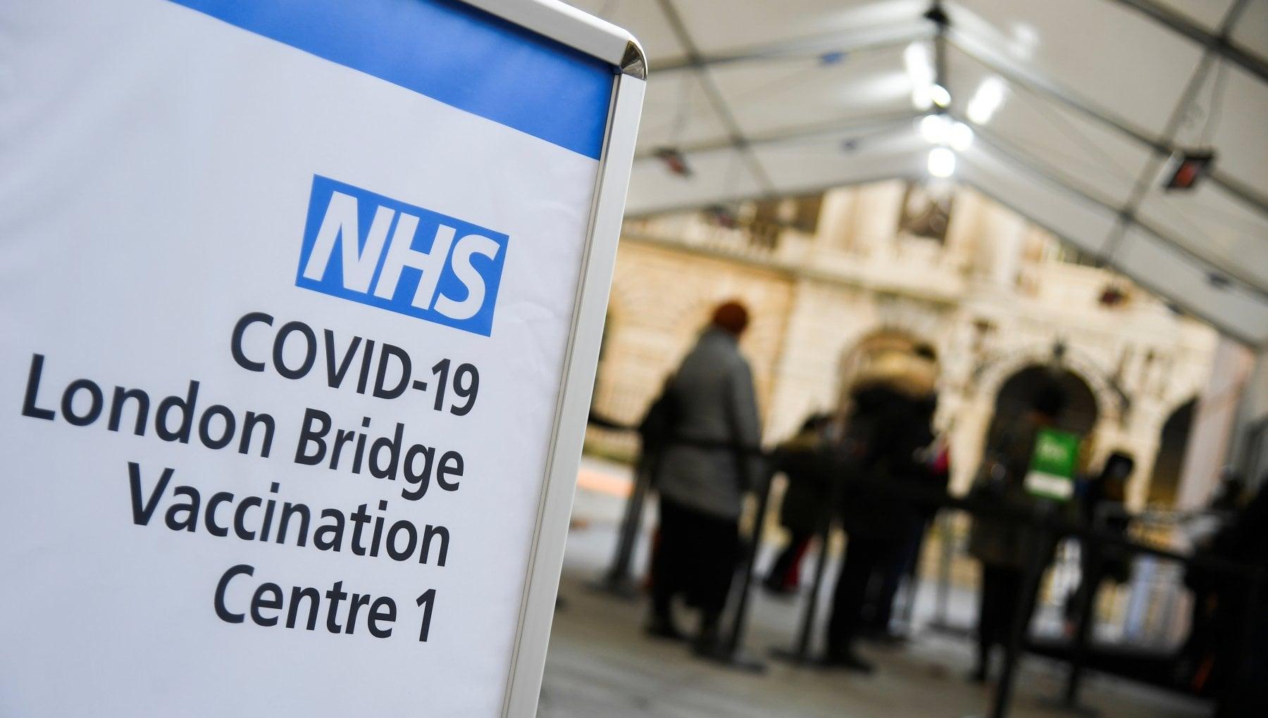 Coronavirus non ce la seconda dose Londra pensa di mixare i vaccini