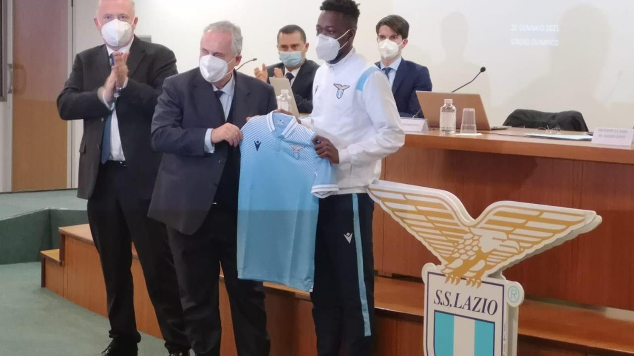 Coulibaly il giovane acquisto della Lazio che non aveva mai giocato a calcio. O forse si