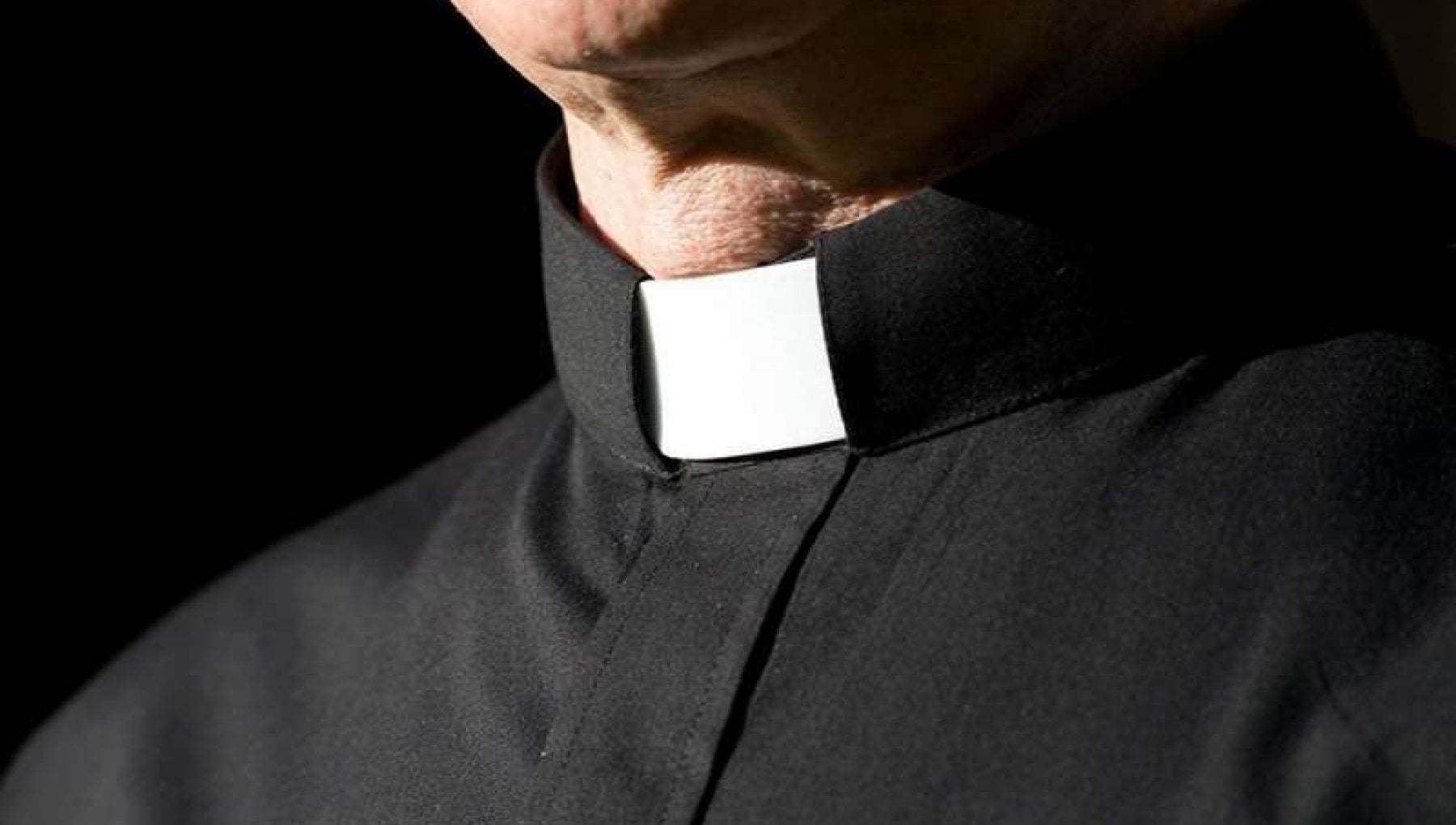Covid omelia No vax nel Sannio sindaco chiede la rimozione del parroco