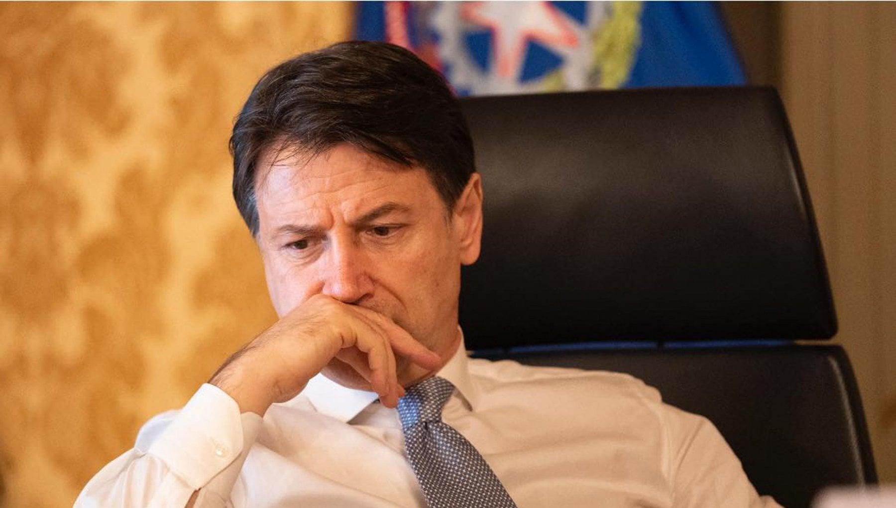 Crisi di governo 48 ore per decidere il futuro di Conte. Domani il Cdm