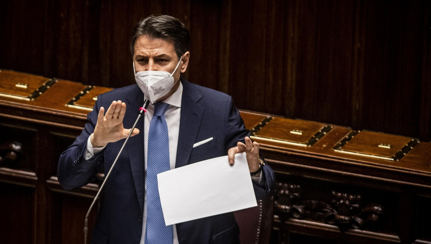 Crisi di governo Conte alla Camera il no definitivo a Renzi e la mossa sulla legge elettorale
