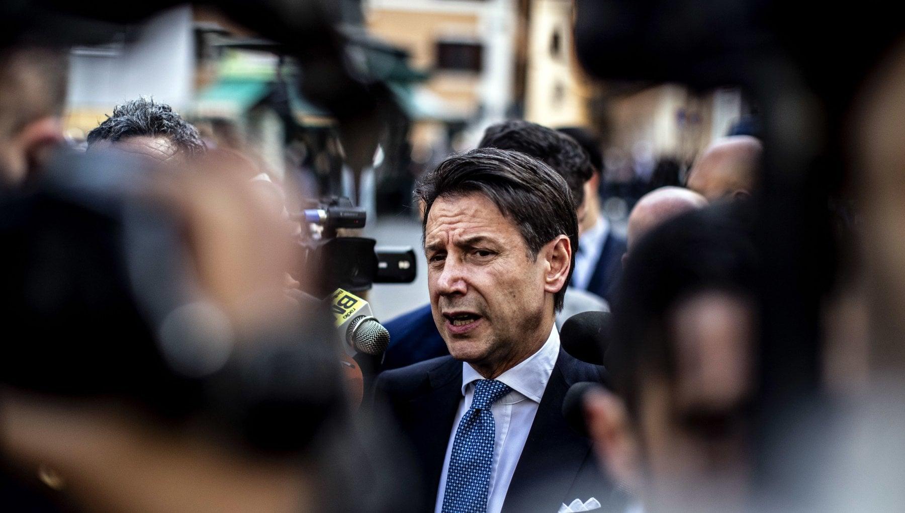 Crisi di governo oggi Renzi ritira le ministre attesa per la lettera di dimissioni. Speranza Tenere la salute degli italiani fuori dalle liti