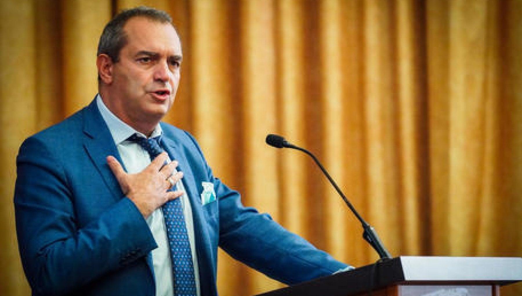 De Magistris Mi candido a presidente della Regione Calabria
