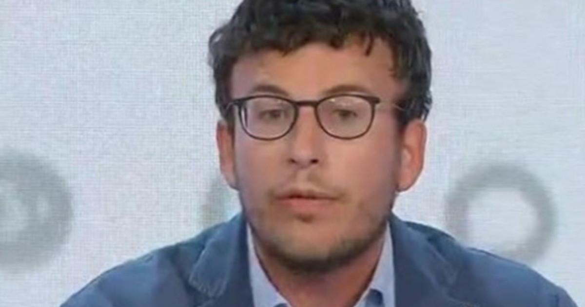 Diego Fusaro a capo di Vox Italia lispiratore del partito anti sistema per eccellenza