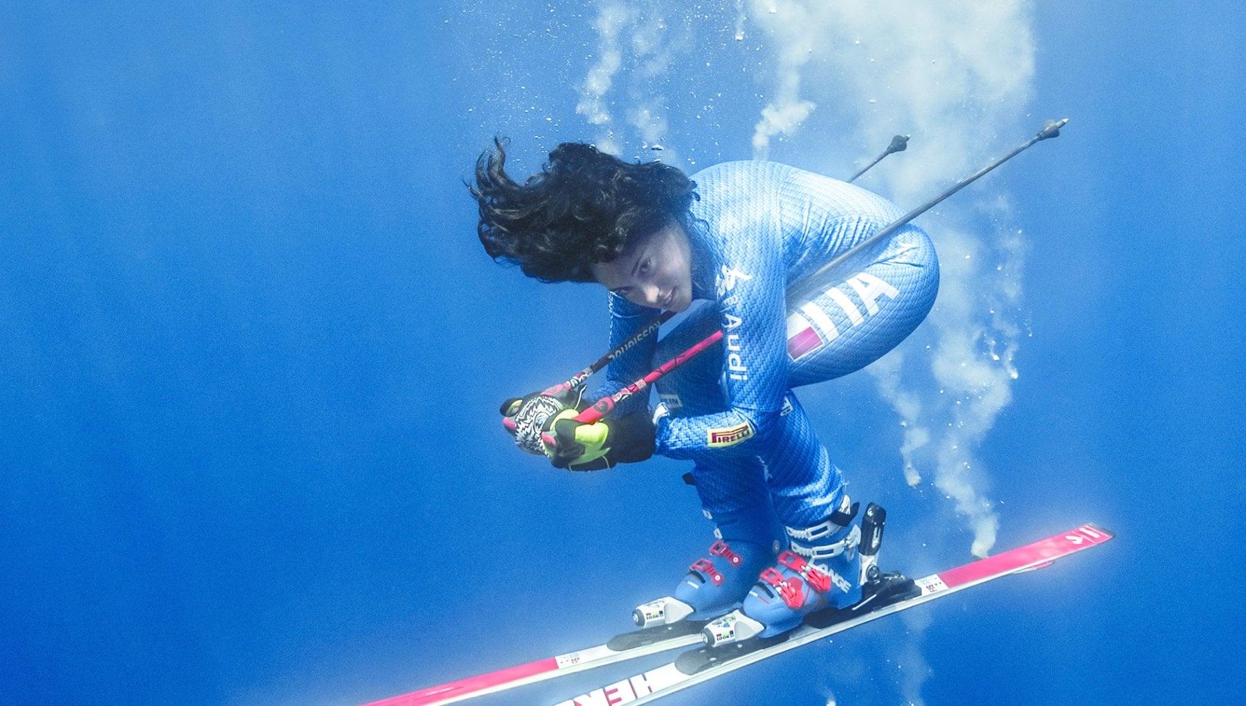 Federica Brignone Con gli sci in acqua contro la plastica. E a Greta dico urlare non aiuta