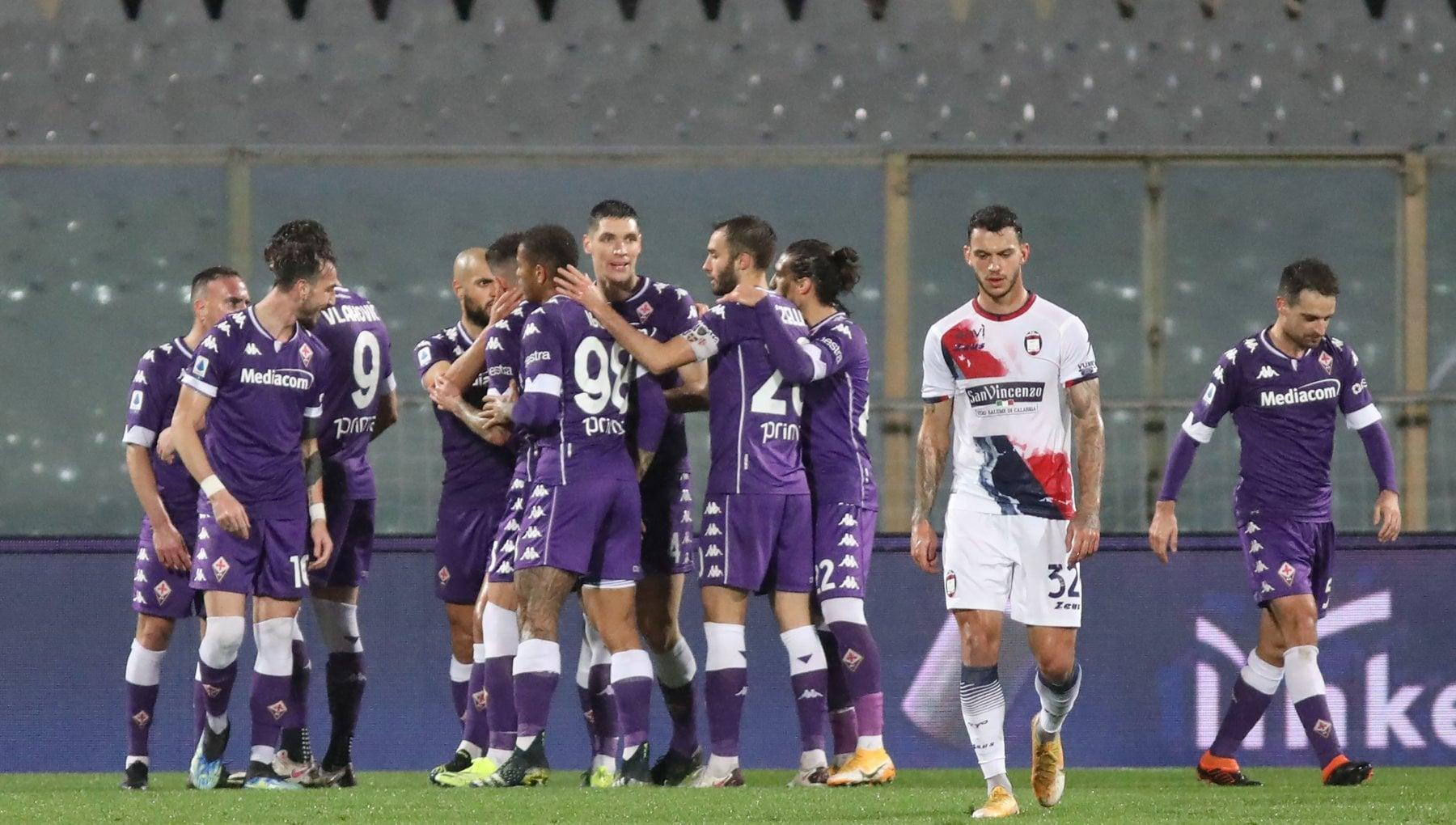 Fiorentina Crotone 2 1 Bonaventura e Vlahovic rialzano i viola