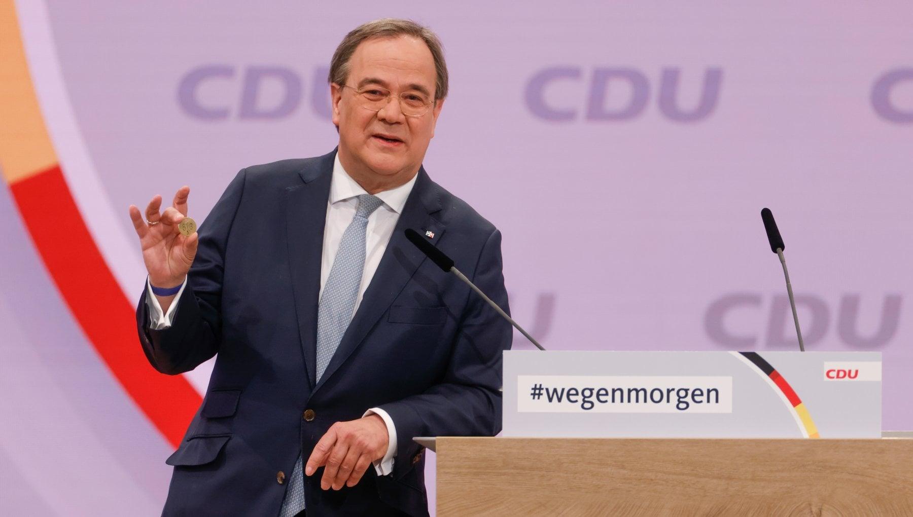 Germania Laschet fedelissimo di Merkel eletto presidente della Cdu