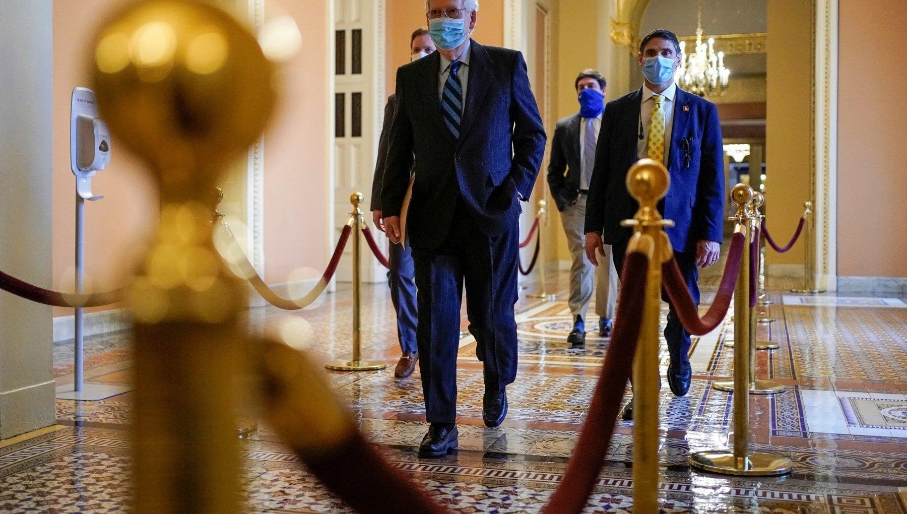 Gli Stati Uniti incoronano lagente afroamericano Goodman E leroe di Capitol Hill