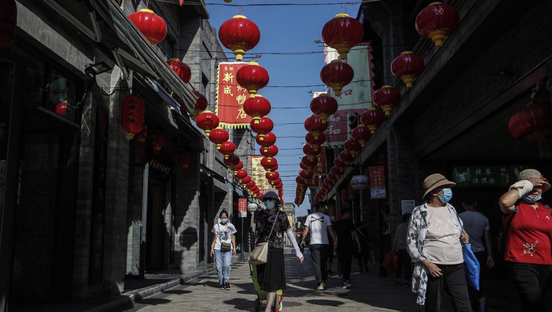 I lockdown degli altri spingono lexport cinese dal commercio con lestero Pechino incassa 535 miliardi