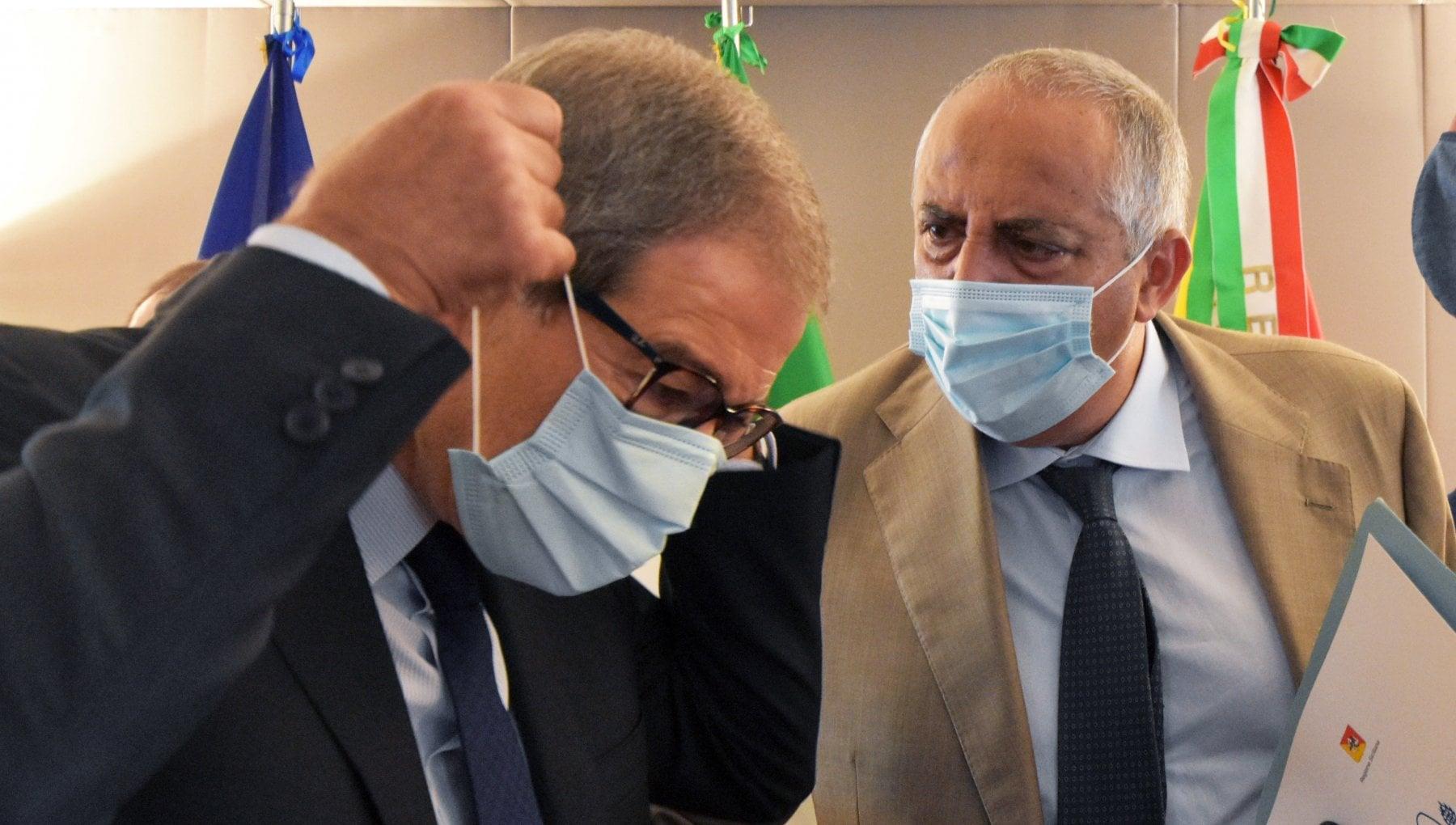 Il comitato tecnico scientifico a Musumeci tre settimane di zona rossa in Sicilia