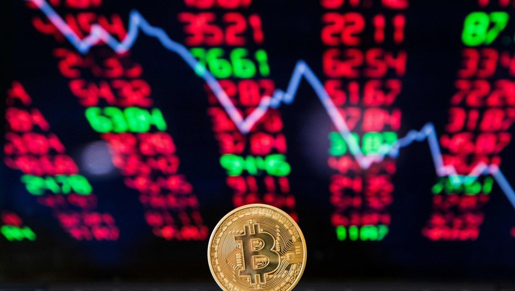 Il lunedi nero del bitcoin giu del 20 in fumo i guadagni record delle ultime settimane