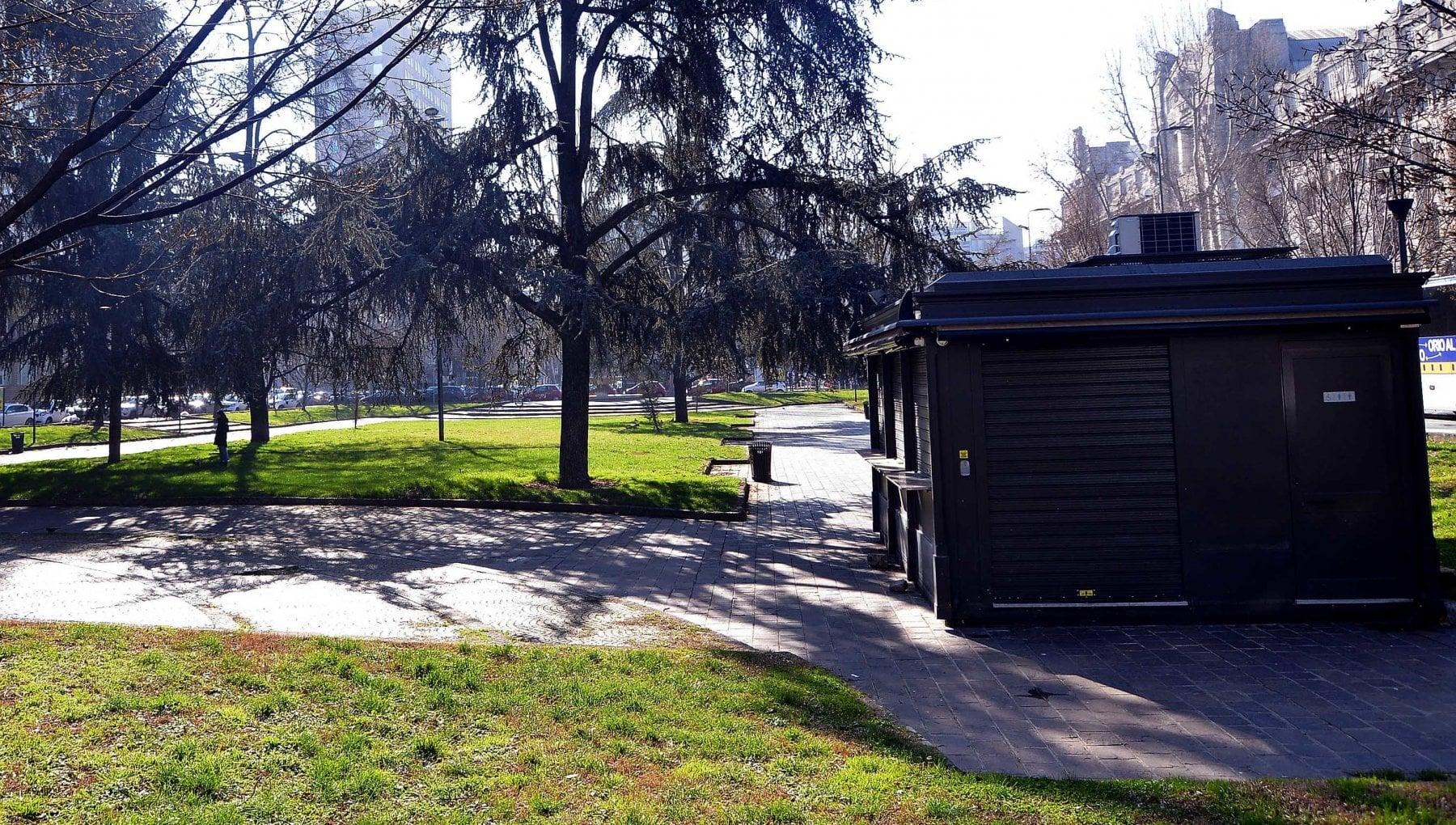 Il parco per i bambini vietato agli adulti patrocinato dallUnicef lavori in corso a Milano
