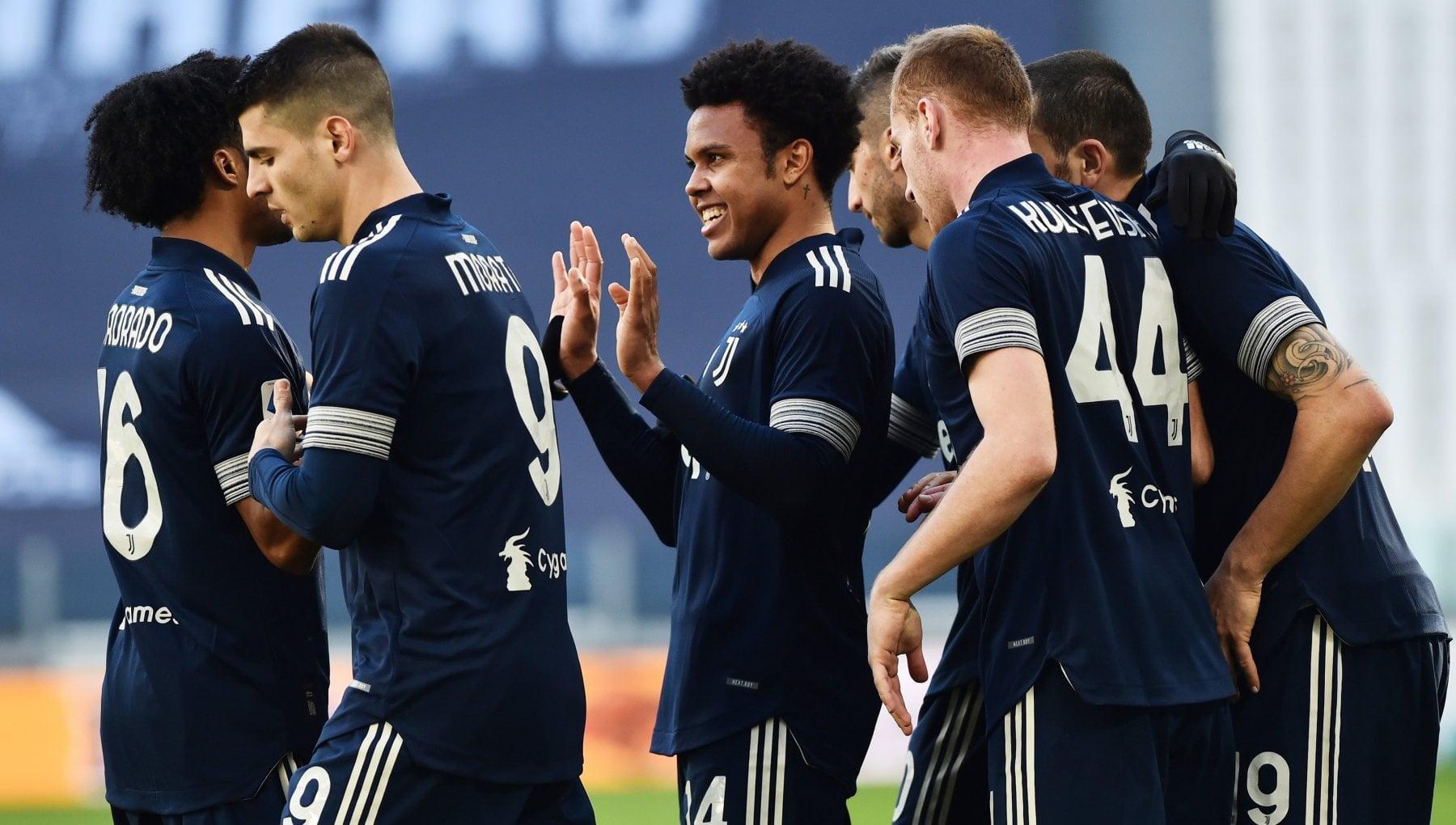 Juventus Bologna 2 0 Arthur e McKennie fanno ripartire i bianconeri