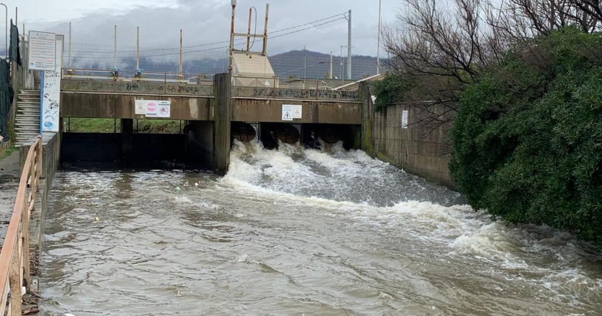 Le piogge trasformano lItalia in un grande bacino idrico inutilizzato