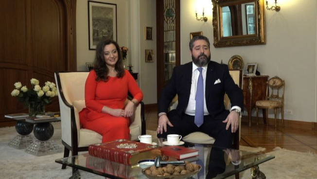 Lerede dei Romanov sposera unitaliana e Rebecca Bettarini