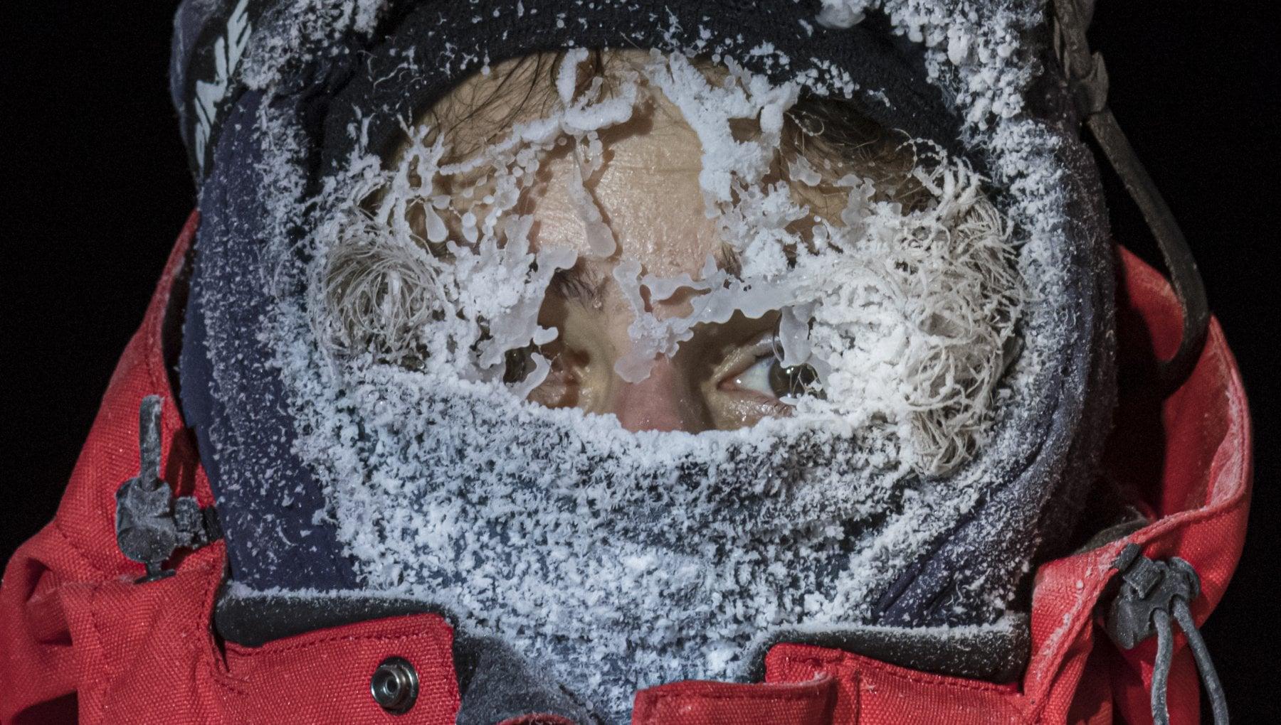 Litaliana che studia i segreti del ghiaccio. A 30° tutto gela allistante ma il Pianeta sta cambiando