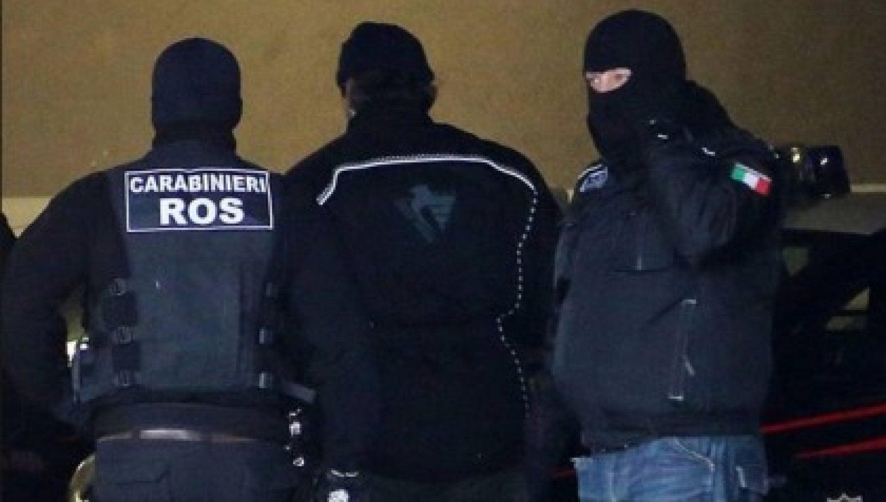 Mafia gli affari del boss amico di Riina jr nella Capitale 11 arresti