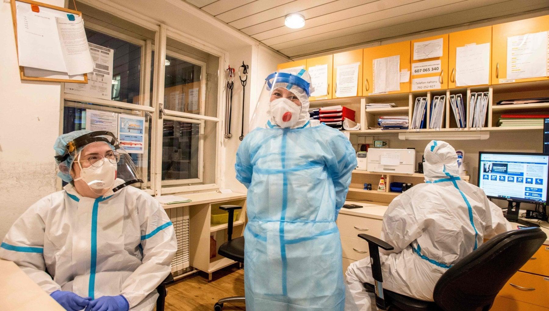 Mascherine farmaci antivirali e terapie intensive pronto il piano pandemico 2021 2023. Se risorse sono scarse scegliere chi curare prima