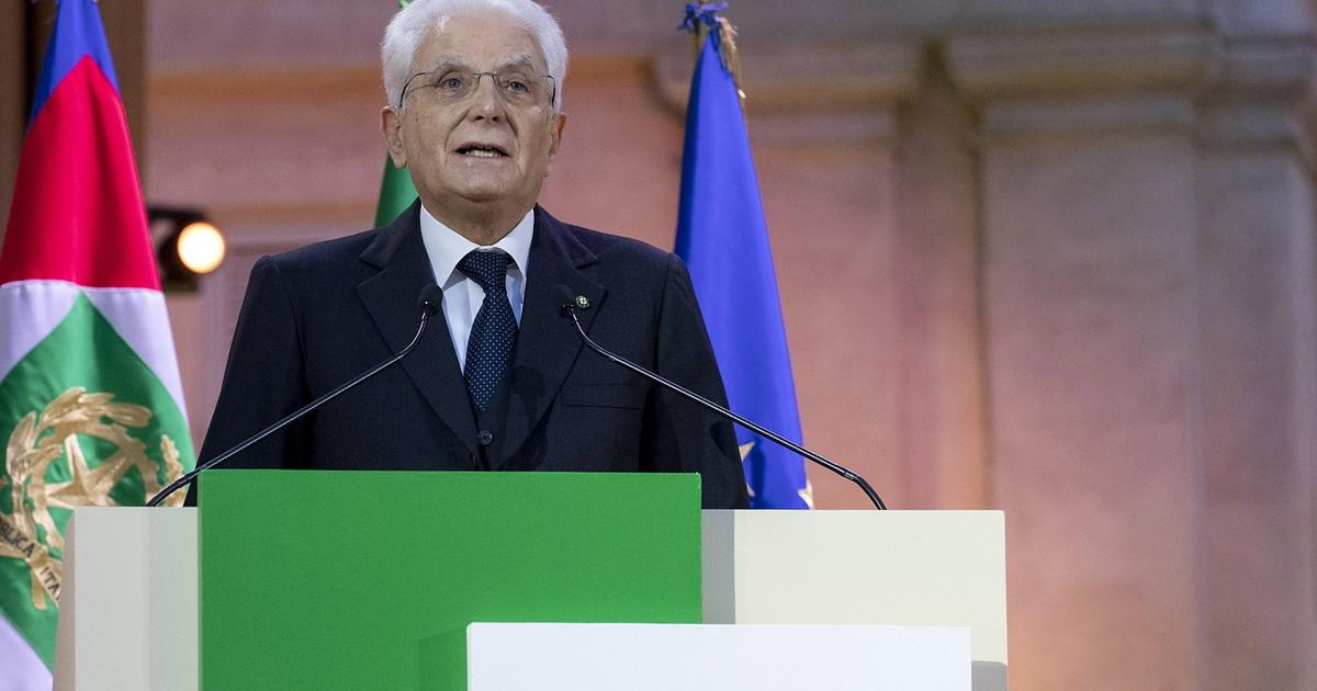 Mattarella non e Napolitano. Il capo dello Stato silente di fronte al voto di scambio. E Conte ne approfitta