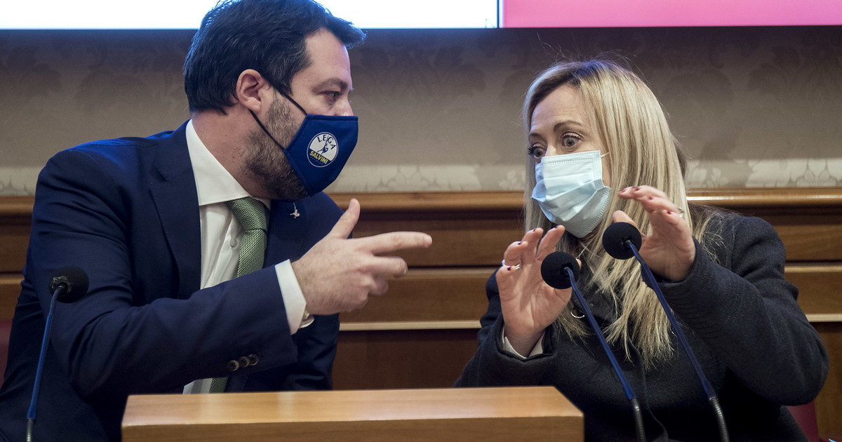 Mattarella non puo piu fare concessioni. Salvini e Meloni i contatti sotterranei cosi rubano i voti dei responsabili a Conte