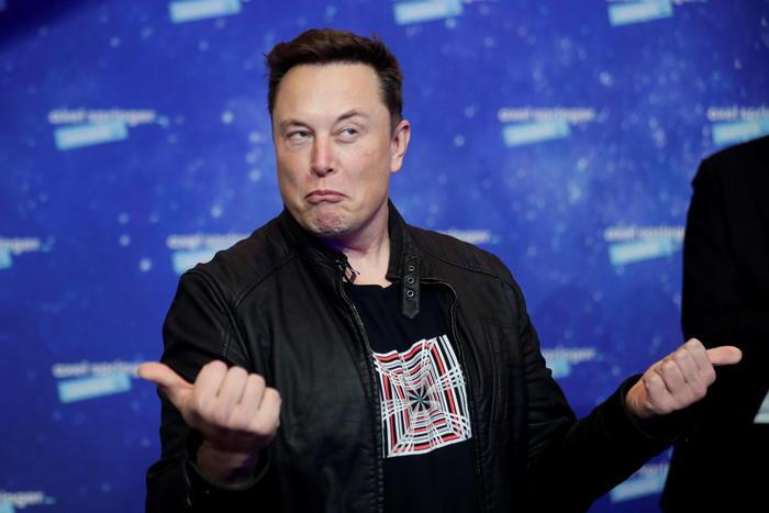 Musk supera Bezos e ora luomo piu ricco del mondo