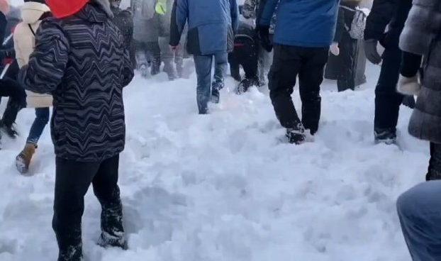 Navalny scatena proteste in Russia feroci scontri con polizia