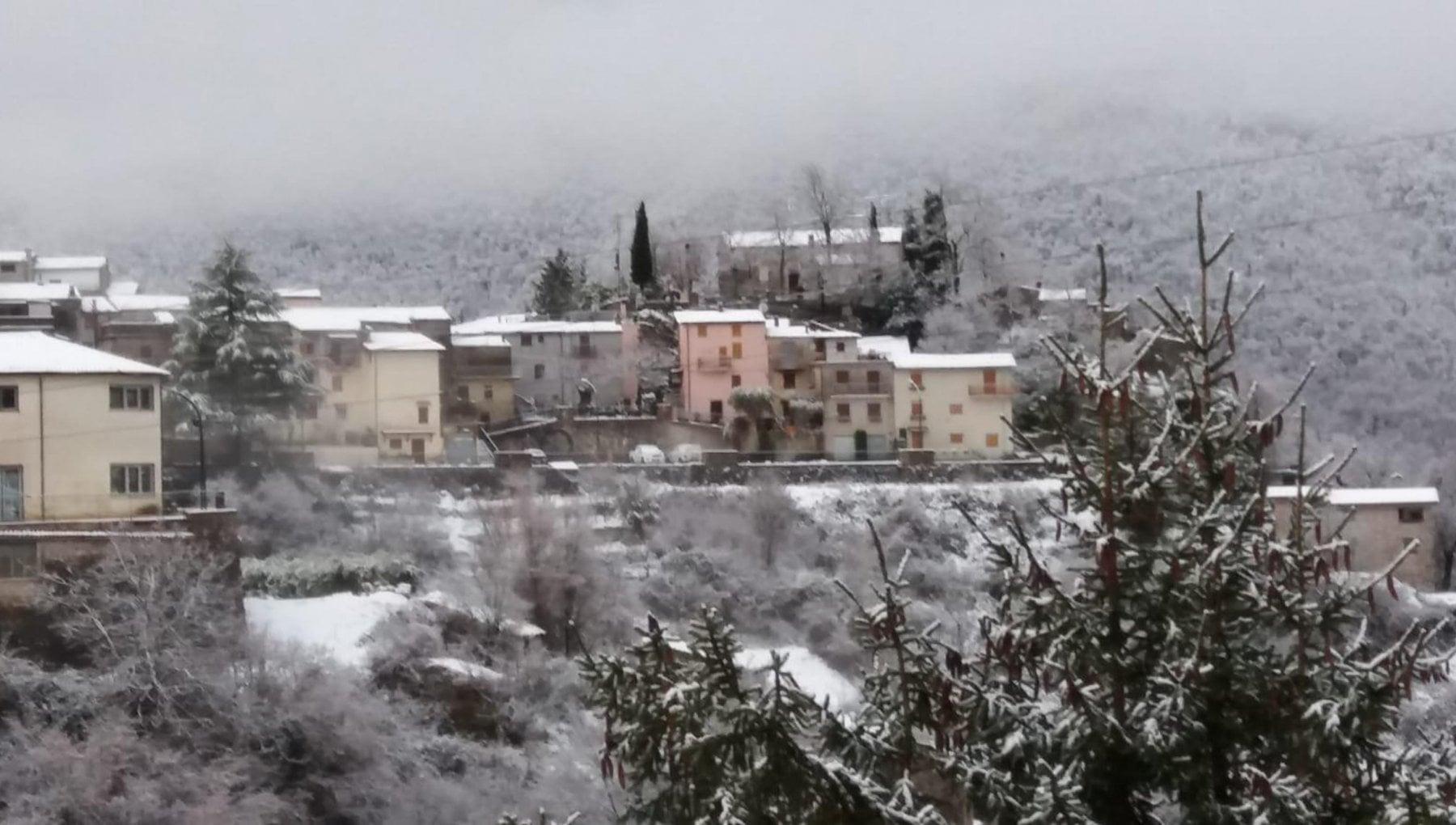 Nel weekend neve al Nord 25 gradi a Palermo