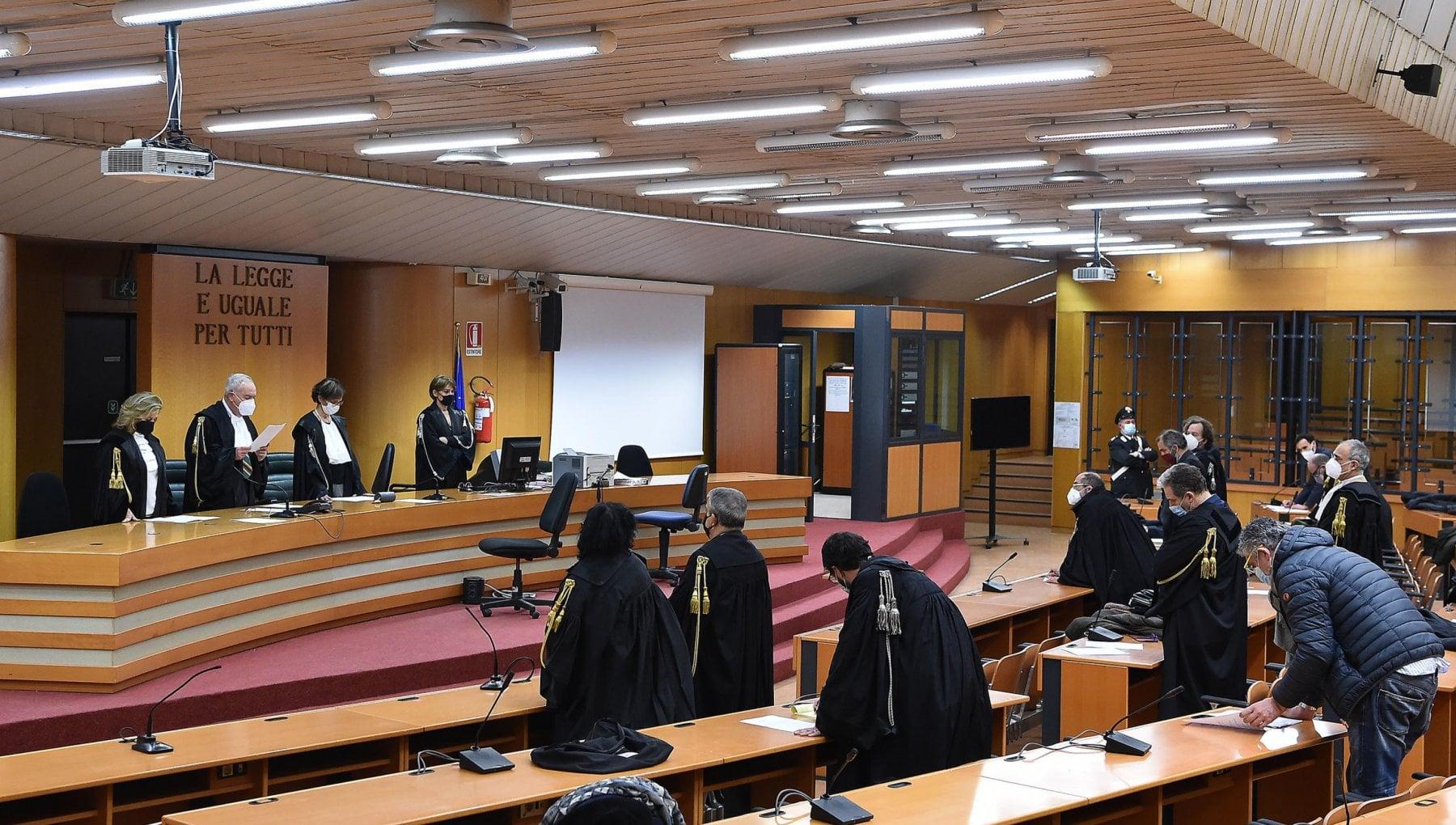 No Tav pene ridotte nel processo dAppello bis per gli scontri del 2011 in Val Susa