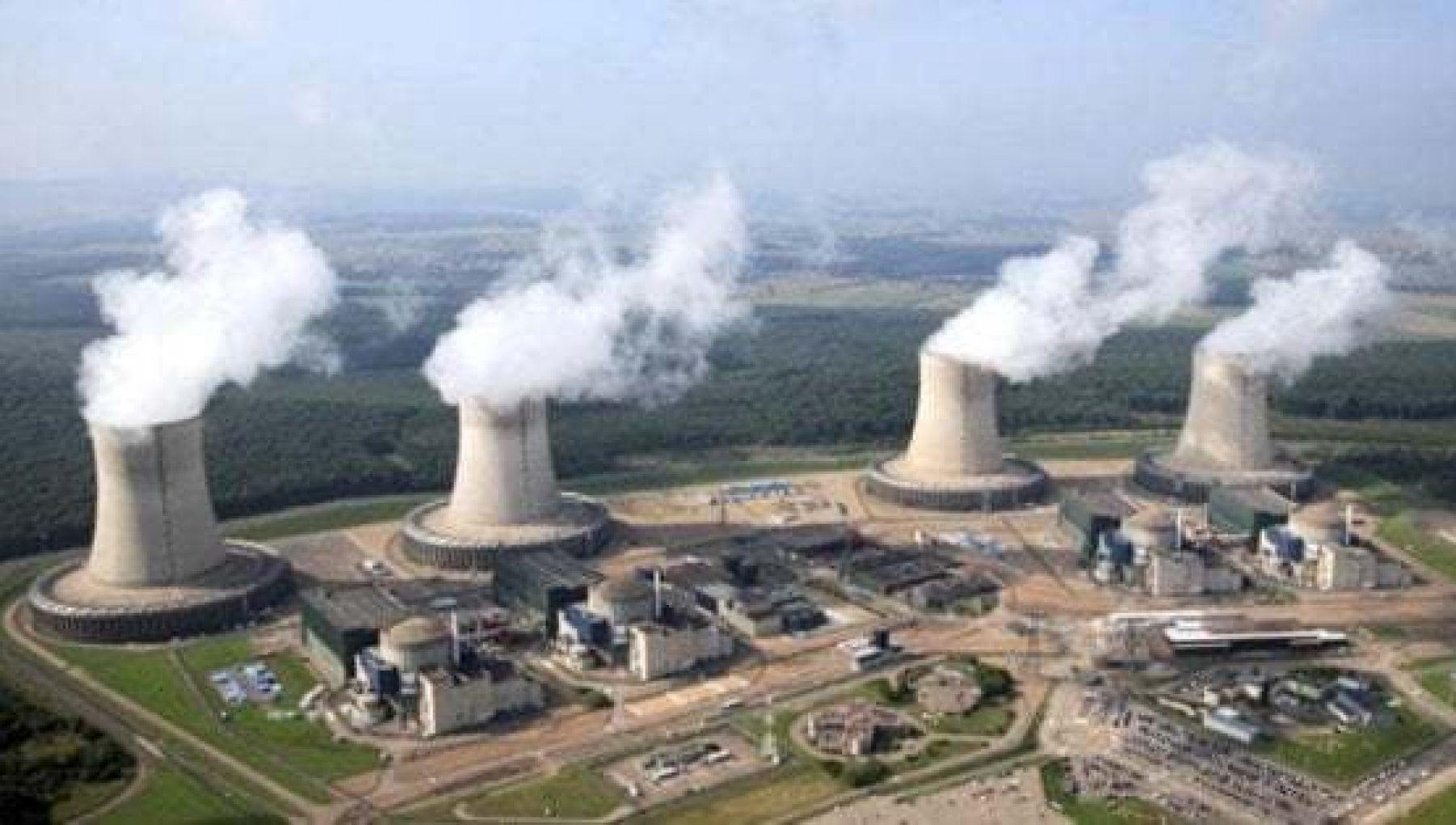 Nucleare lItalia alla Francia consultateci se allungate la vita alle centrali vicine