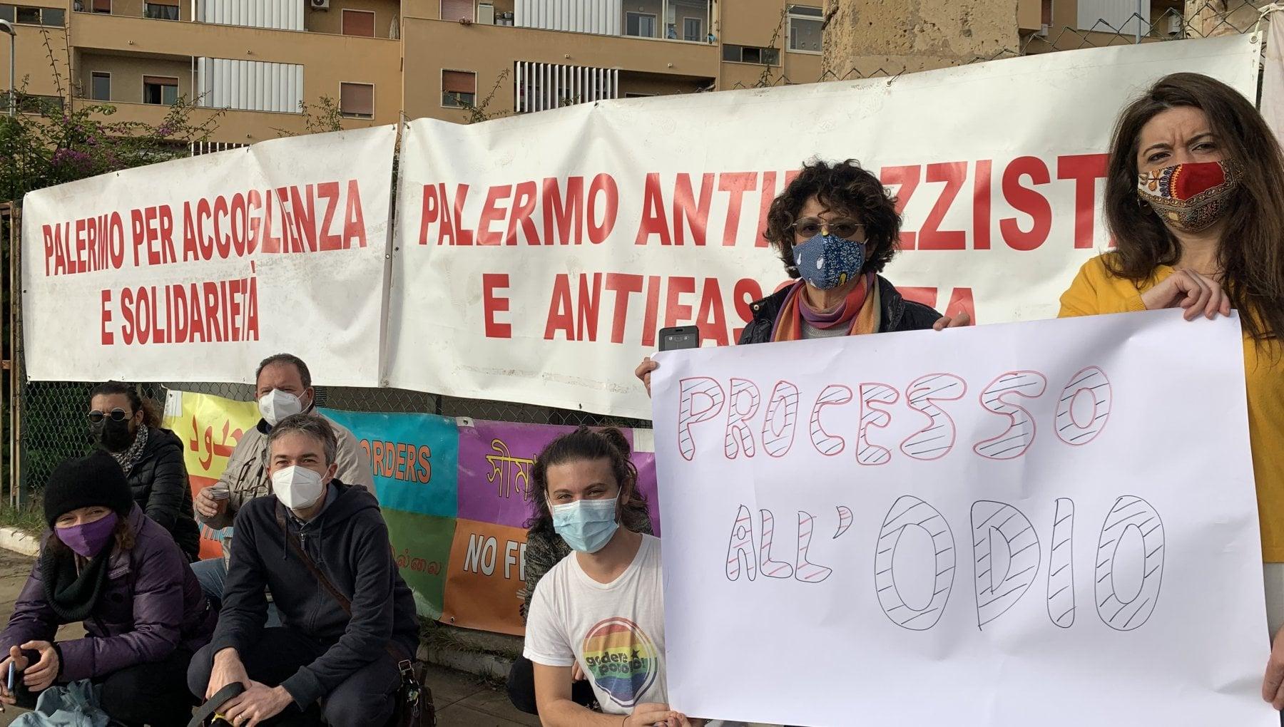 Open Arms al via ludienza contro Salvini. Sequestro di persona in aula il capo dei pm Lo Voi