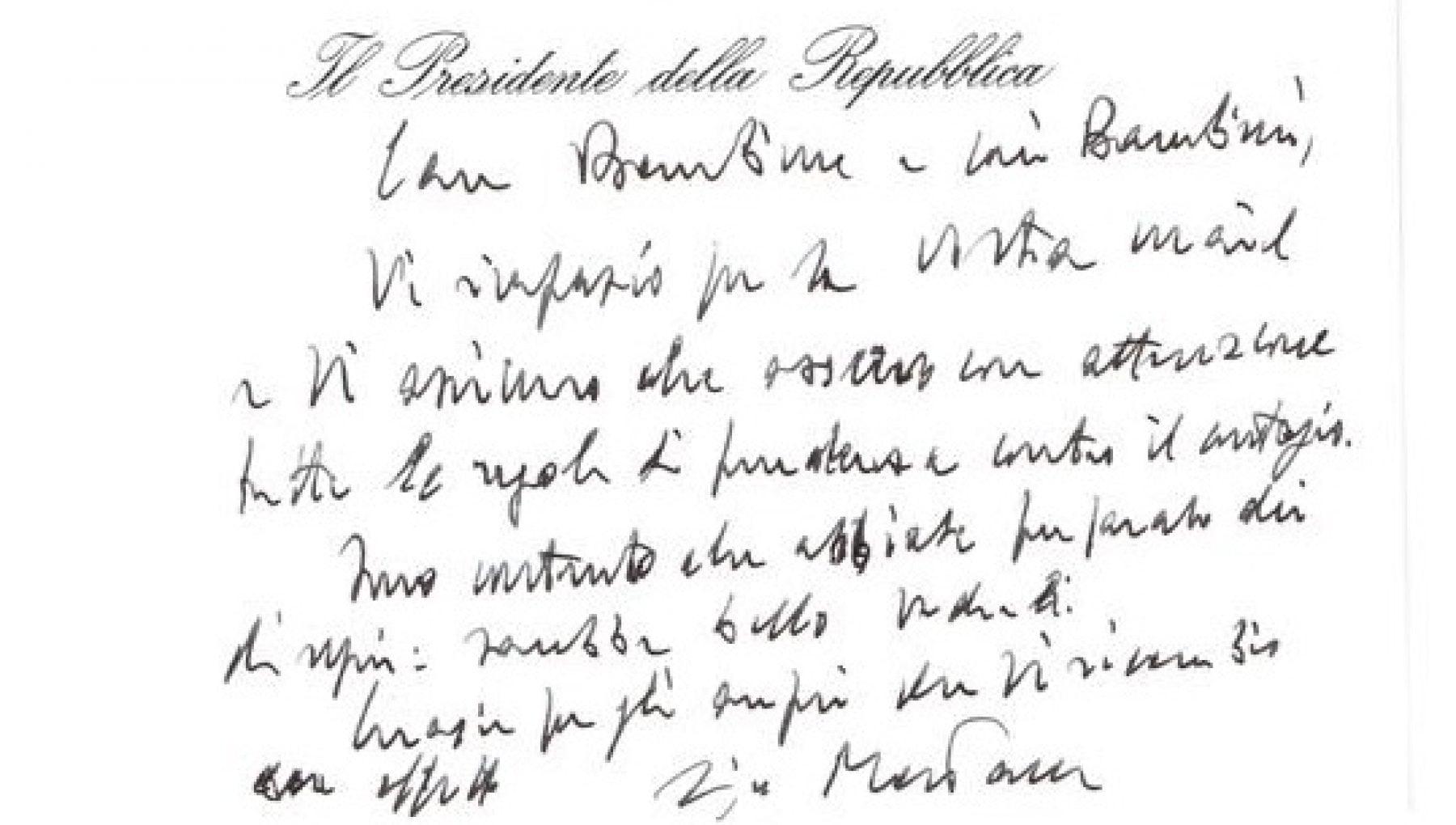 Presidente stia attento al Covid. E Mattarella scrive agli studenti di Trani per rassicurarli Osservo le regole contro il contagio