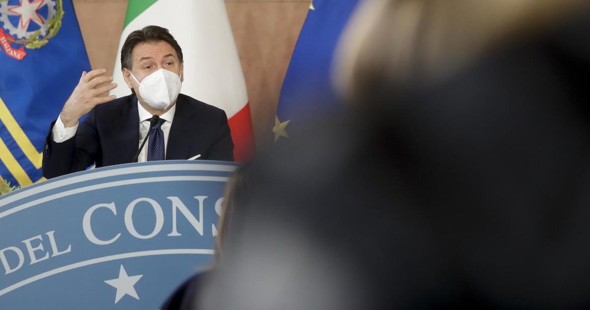 Recovery ora si corre. Conte kamikaze provoca Italia Viva Il documento non ce domani inferno in CdM