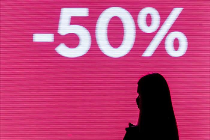 Saldi Confcommercio Covid taglia spesa di 1 miliardo