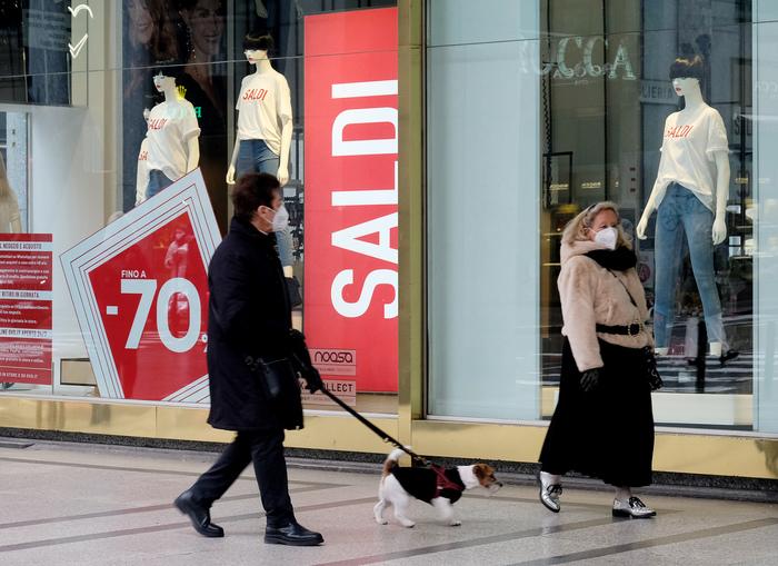 Saldi Confcommercio254 euro spesa media70 euro in meno