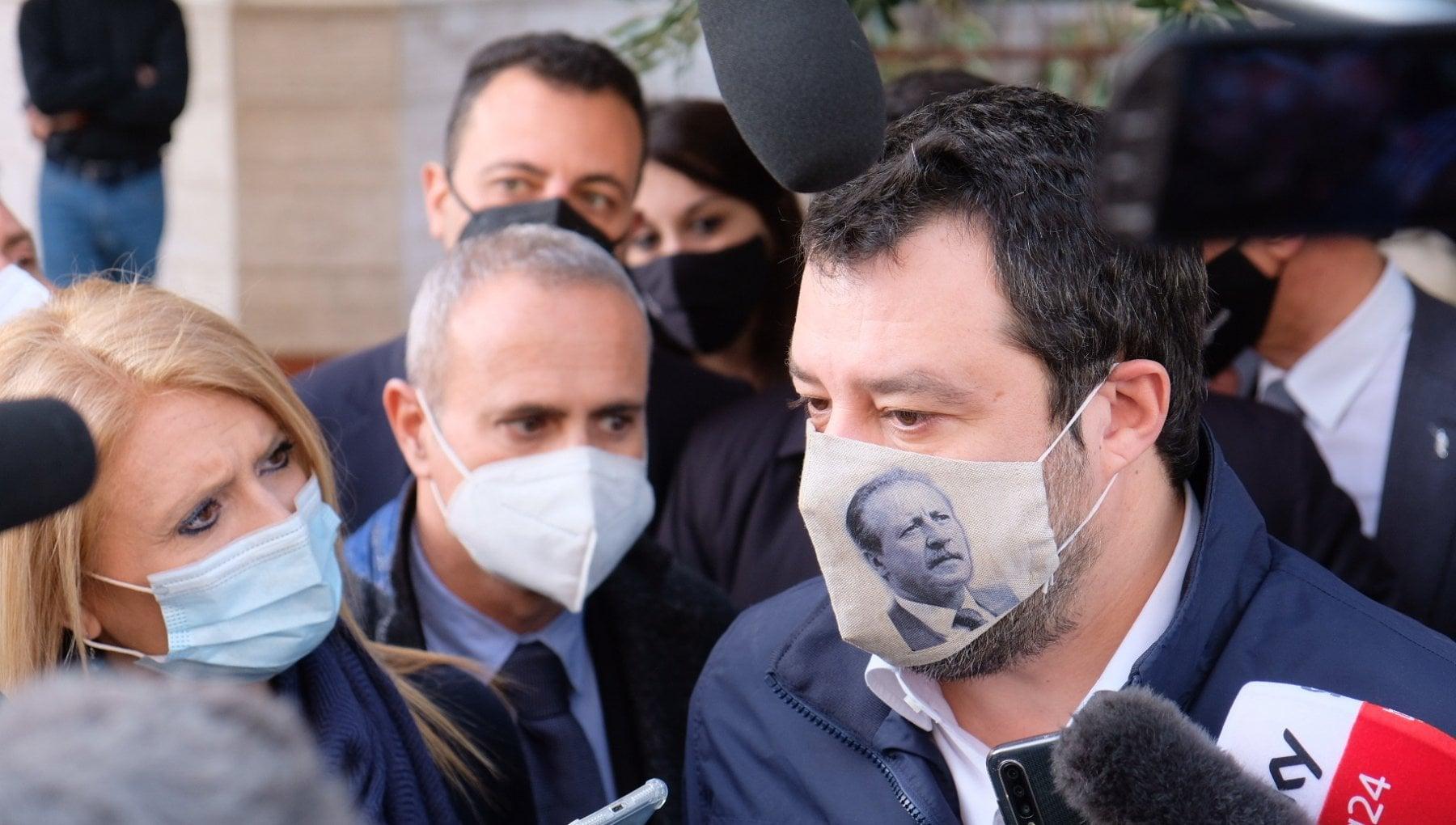 Salvini vede la crisi. E allora pronti a sostenere Draghi