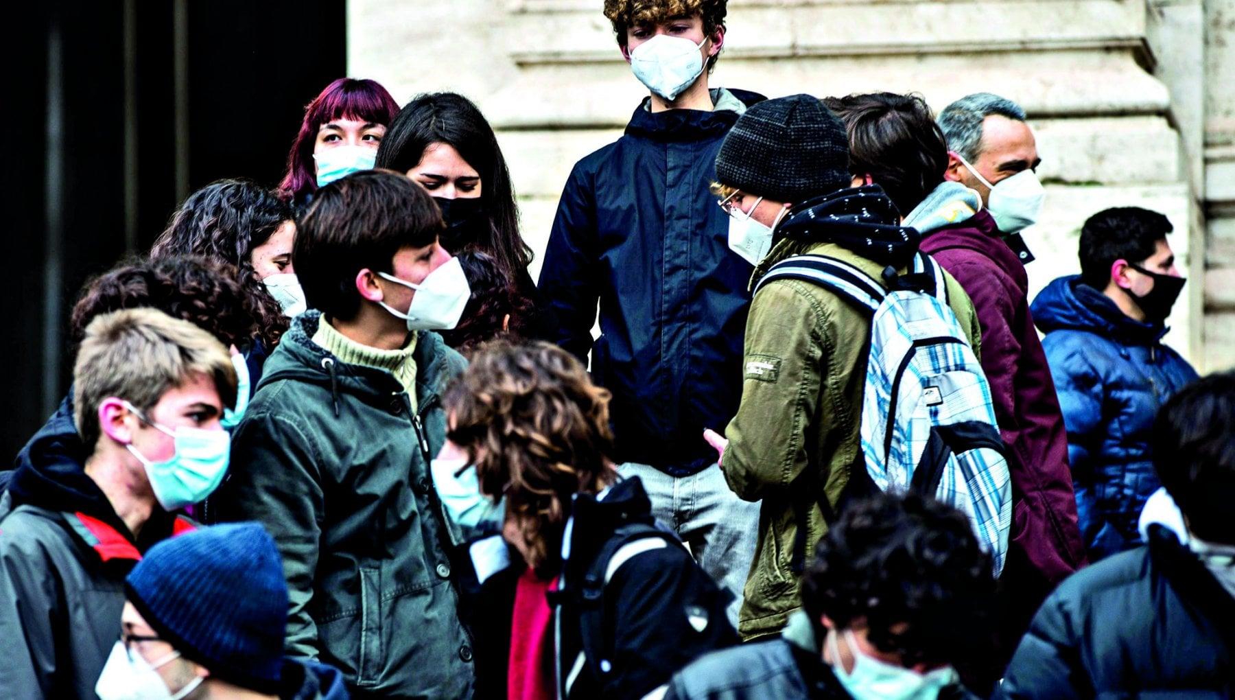 Sciopero della scuola la protesta tra piazze e pc spenti