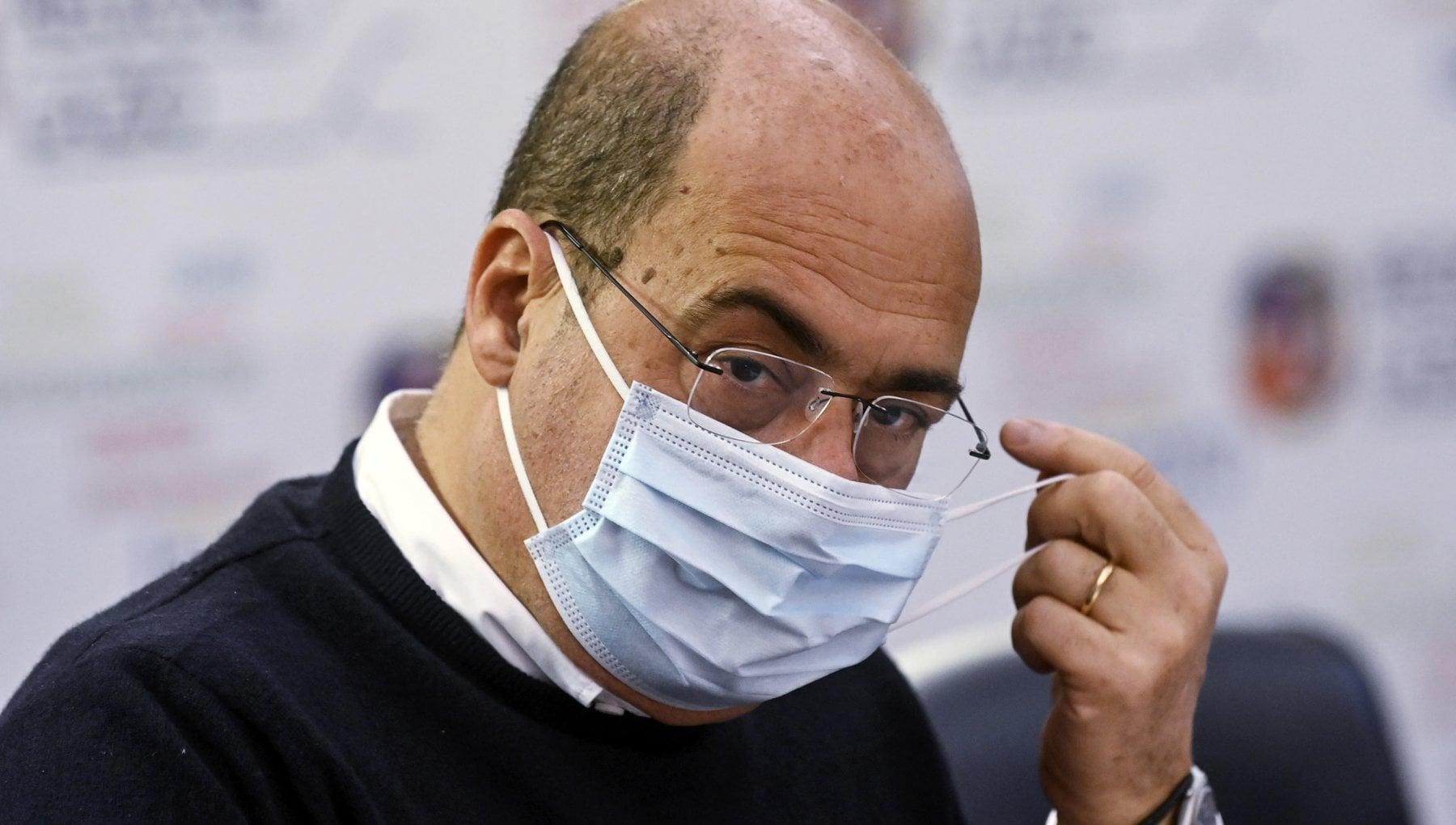 Scuola aumento casi coronavirus nel Lazio superiori in dad fino al 18 gennaio