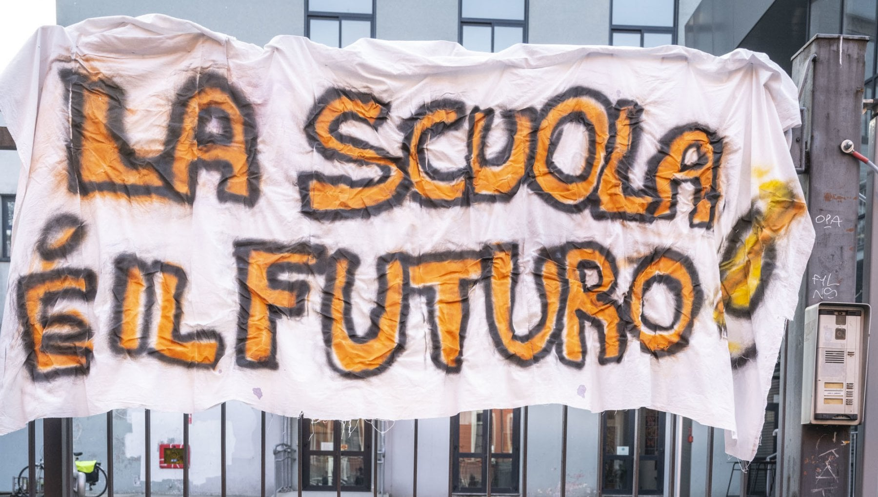 Scuola si riparte in quattro regioni tra paura e proteste