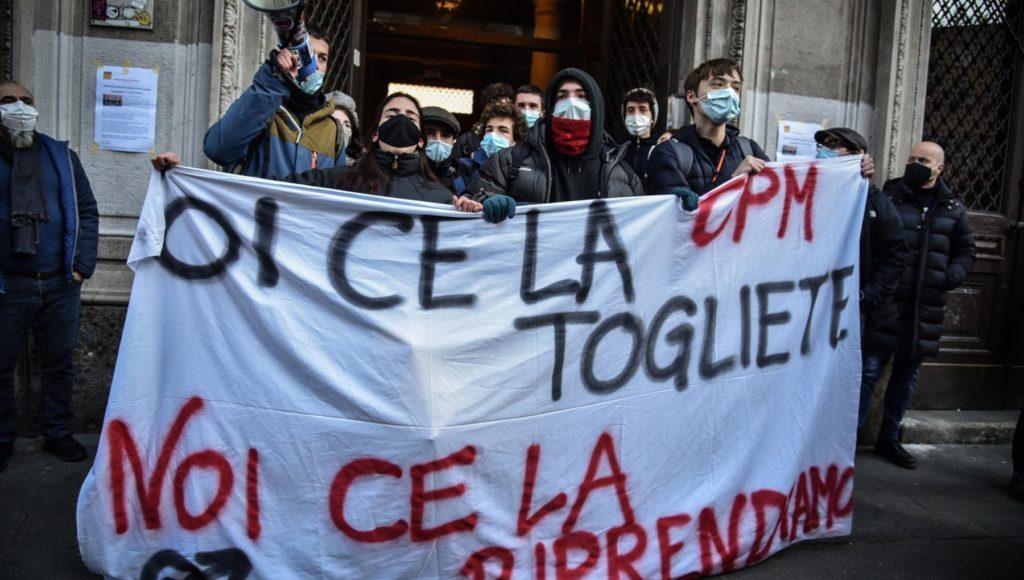 Scuole superiori in Lombardia il Tar accoglie il ricorso contro la Regione per la didattica a distanza sospesa lordinanza