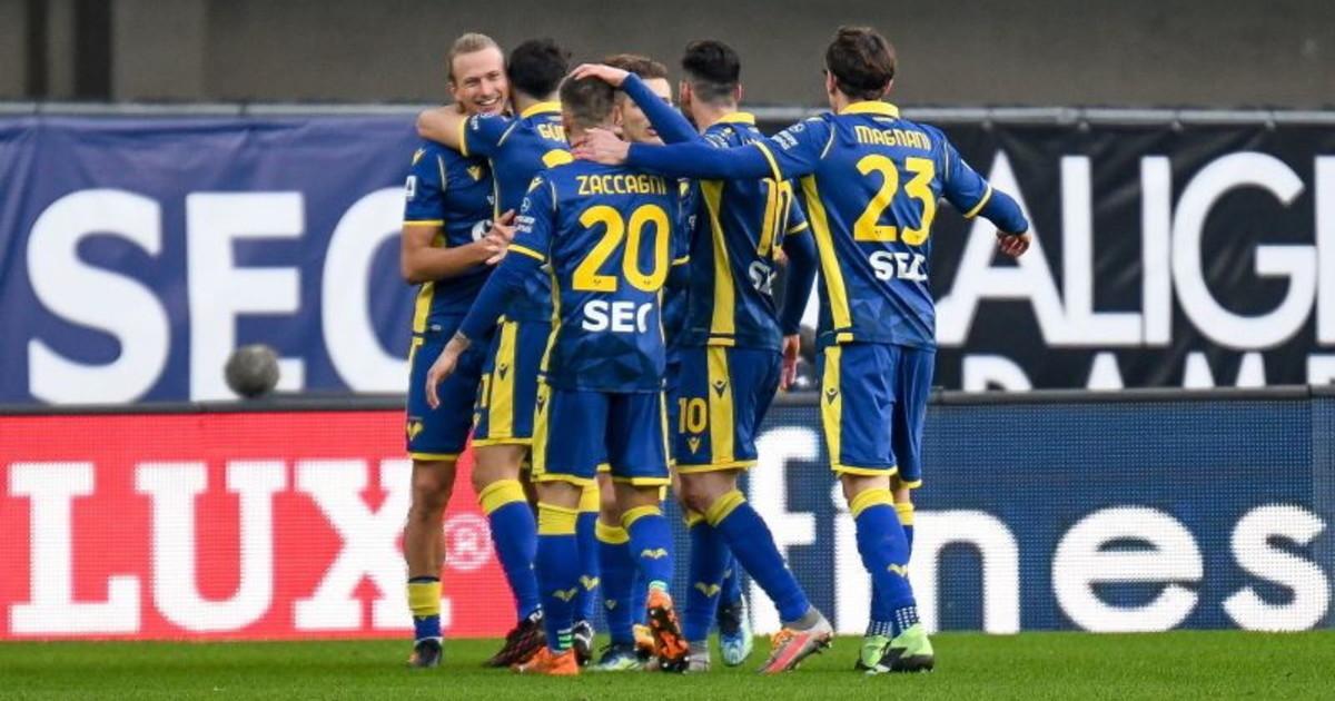 Serie A disastro Napoli segna dopo 10 secondi poi il Verona lo sotterra. Gattuso in crisi