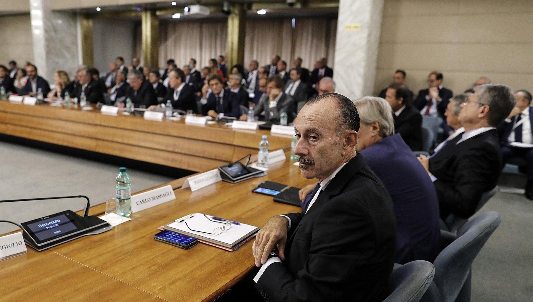 Servizi segreti Conte nomina tre nuovi vicedirettori