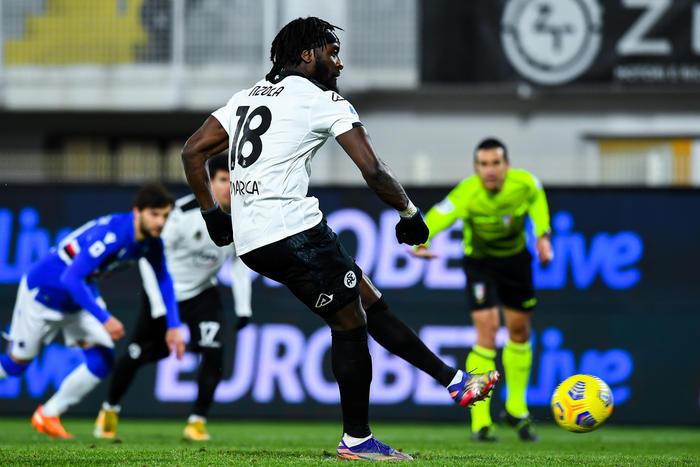 Spezia Nzola in dubbio per la sfida salvezza contro il Torino