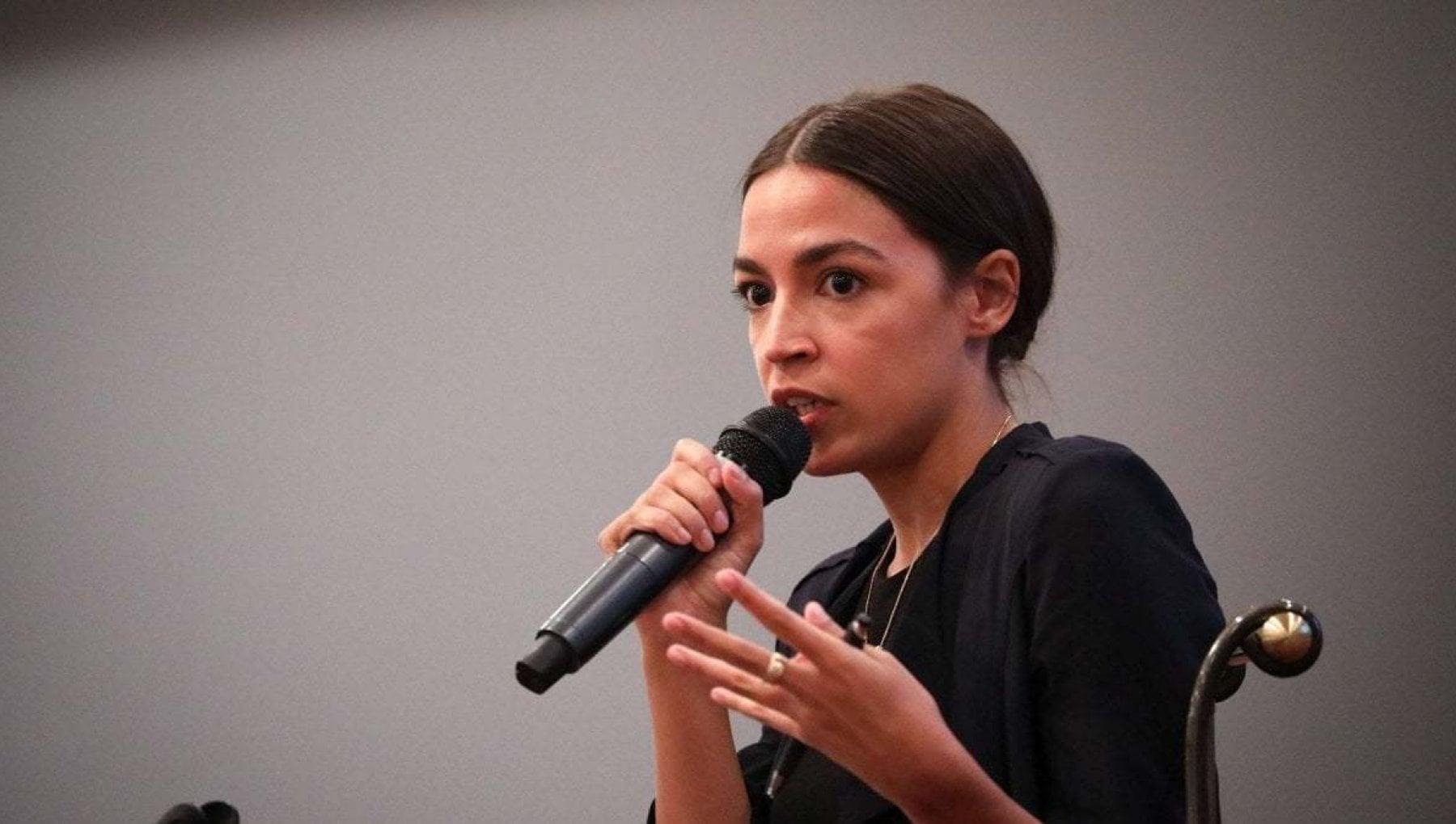 Stati Uniti Ocasio Cortez allattacco di Facebook Ha responsabilita sullassalto al Congresso