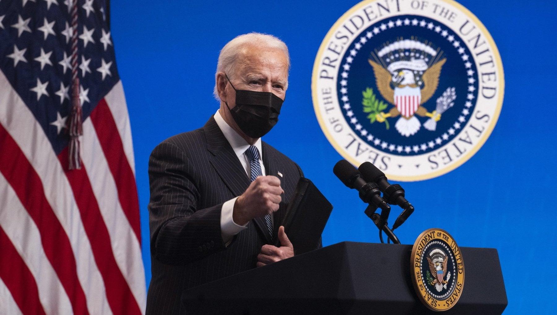 Stati Uniti parte loffensiva Biden contro il cambiamento climatico