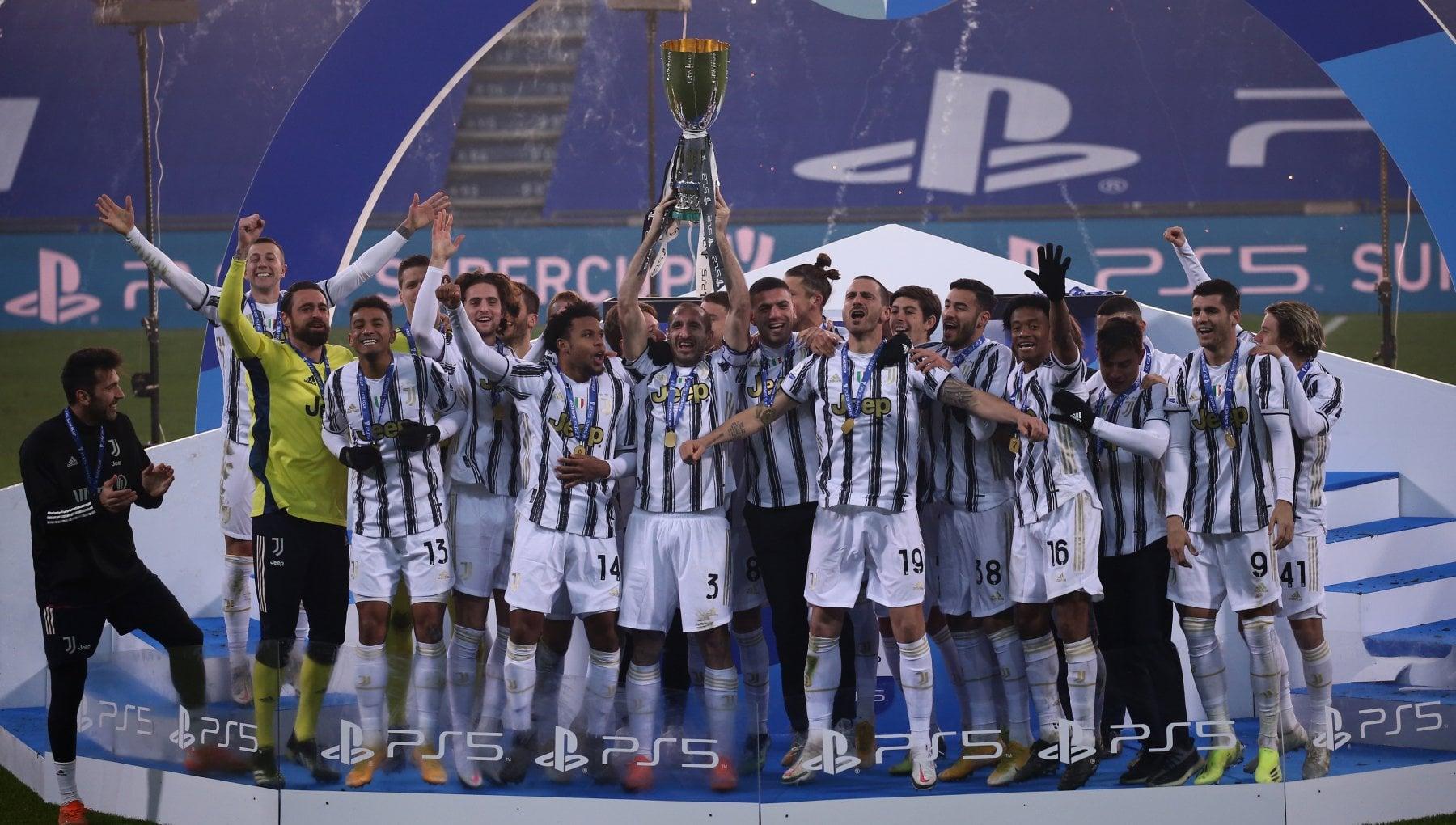 Supercoppa Juventus Napoli 2 0 Ronaldo e Morata gol. Insigne rigore fatale