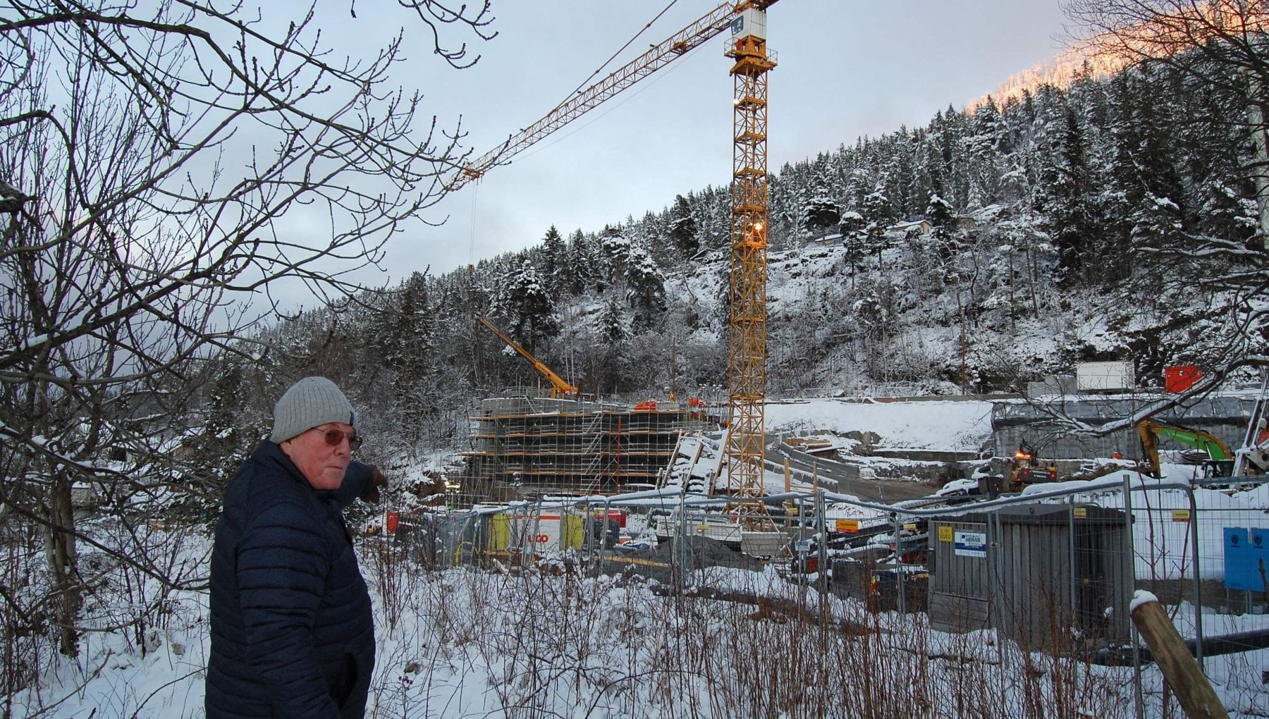 Utoya a dieci anni dalla strage il memoriale di Oslo divide i norvegesi