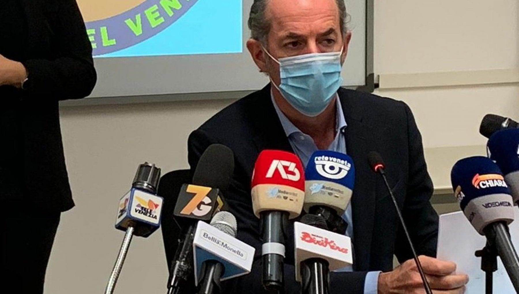Vaccini Zaia Unazienda privata non puo decidere da sola a chi consegnare le dosi