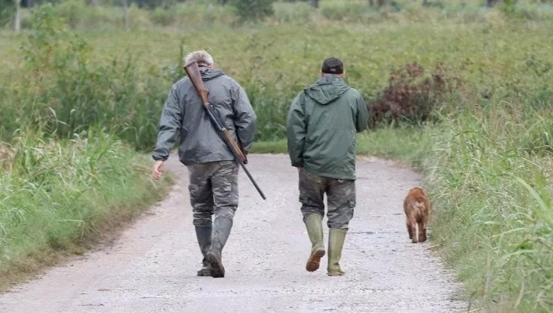 Via libera alla caccia. La deroga agli spostamenti tra Comuni che fa infuriare gli animalisti
