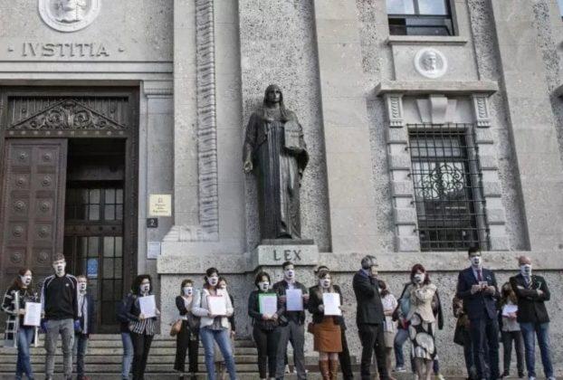 Vittime del Covid Lindagine va troppo a rilento lattacco alla procura di Bergamo che spacca il comitato